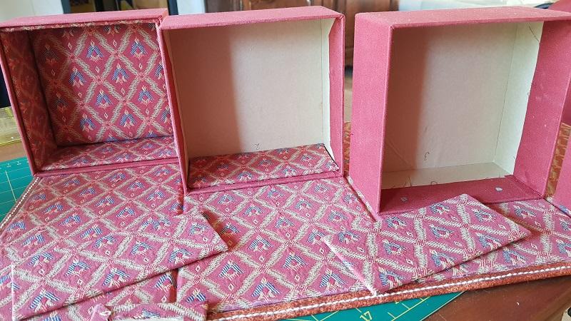 Boîte à bijoux-fixation des boîtes en carton