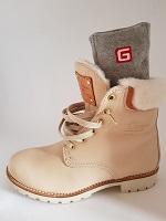 Chaussettes chauffantes dans chaussures 1