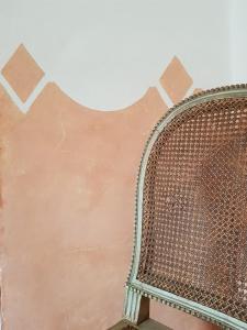 Fabriquons nos peintures : Le badigeon à la chaux