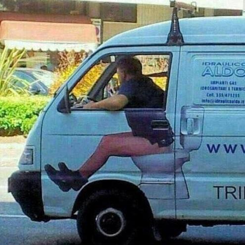 http://www.latelierderosabel.com/medias/images/conducteur-sur-toilette.jpg