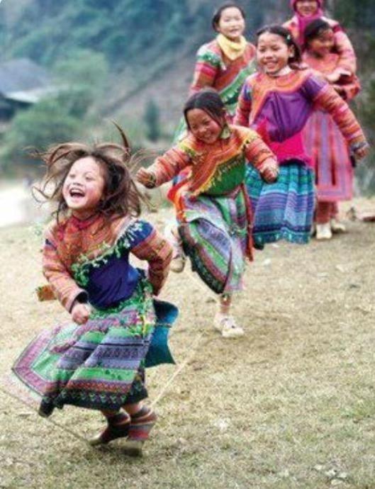 http://www.latelierderosabel.com/medias/images/couleurs-peruviennes-et-nepalaises7.jpg