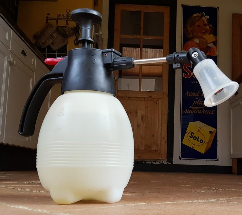 http://www.latelierderosabel.com/medias/images/karcher-pulverisateur.jpg