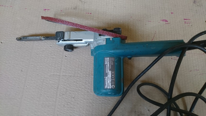 Lime electrique makita 9mm