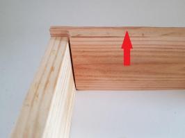 Une entaille pour le fond de tiroir