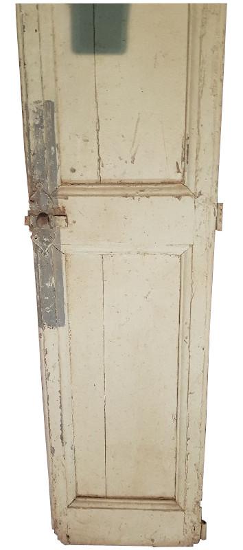 http://www.latelierderosabel.com/medias/images/petit-meuble-chateau2.2.jpg