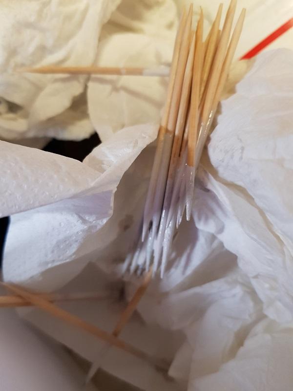 http://www.latelierderosabel.com/medias/images/quimper-8-recherche-blanc-cure-dent.jpg