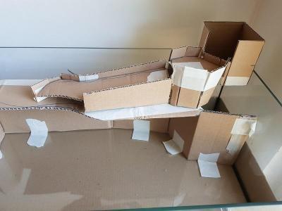 L'esquisse en carton selon mon imagination