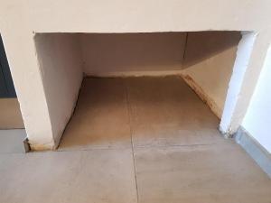 Le vide où s'insérera le tiroir fabriqué